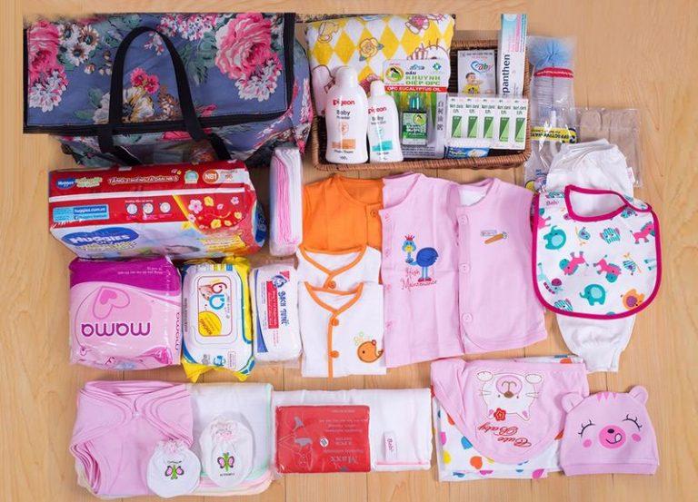 Những món đồ sơ sinh cho bé gái các mẹ không thể bỏ qua