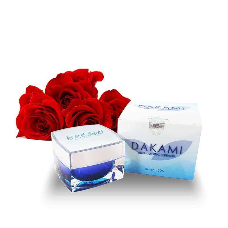 Chia sẻ các bước dưỡng da với kem Dakami