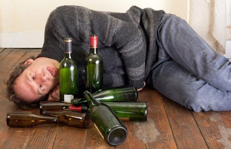Vì Sao Rượu Gây Nghiện? Triệu Chứng Khi Nghiện Rượu